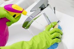 household cleaners sw3